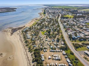 Port Broughton Tourist Park - Accommodation BNB