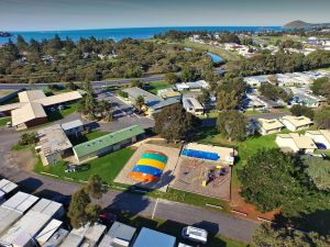 Victor Harbor Holiday  Cabin Park - Accommodation BNB