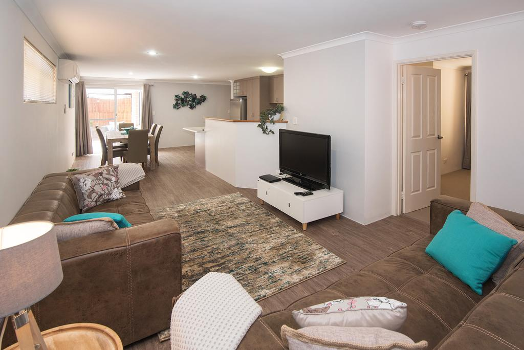 Central Townhouse Margaret River - Accommodation BNB